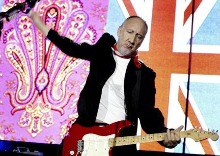 Pete Townshend, during a Who concert in Spain, 2007