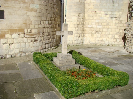 Edith Cavell's grave at Norwich Cathedral